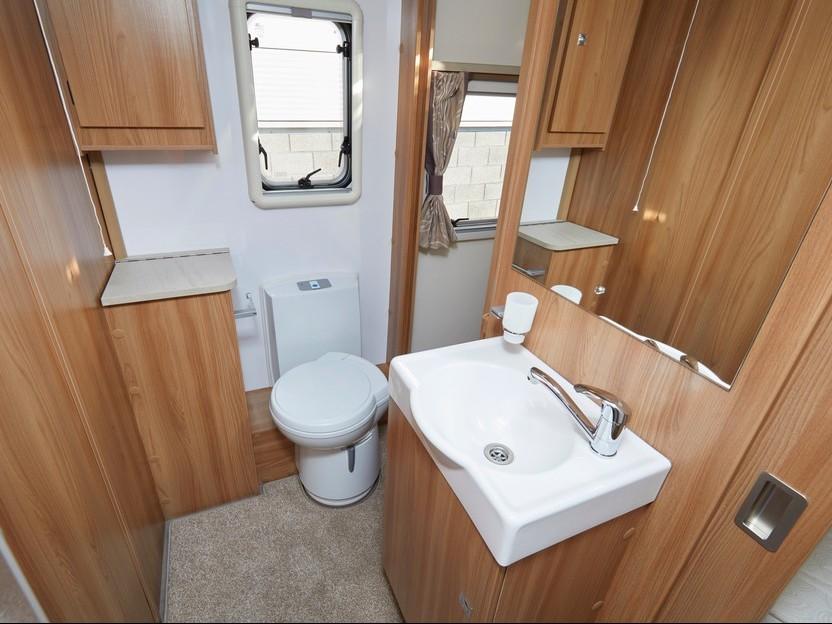caravan-plywood-bathroom